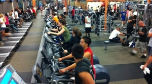 crowded-gym